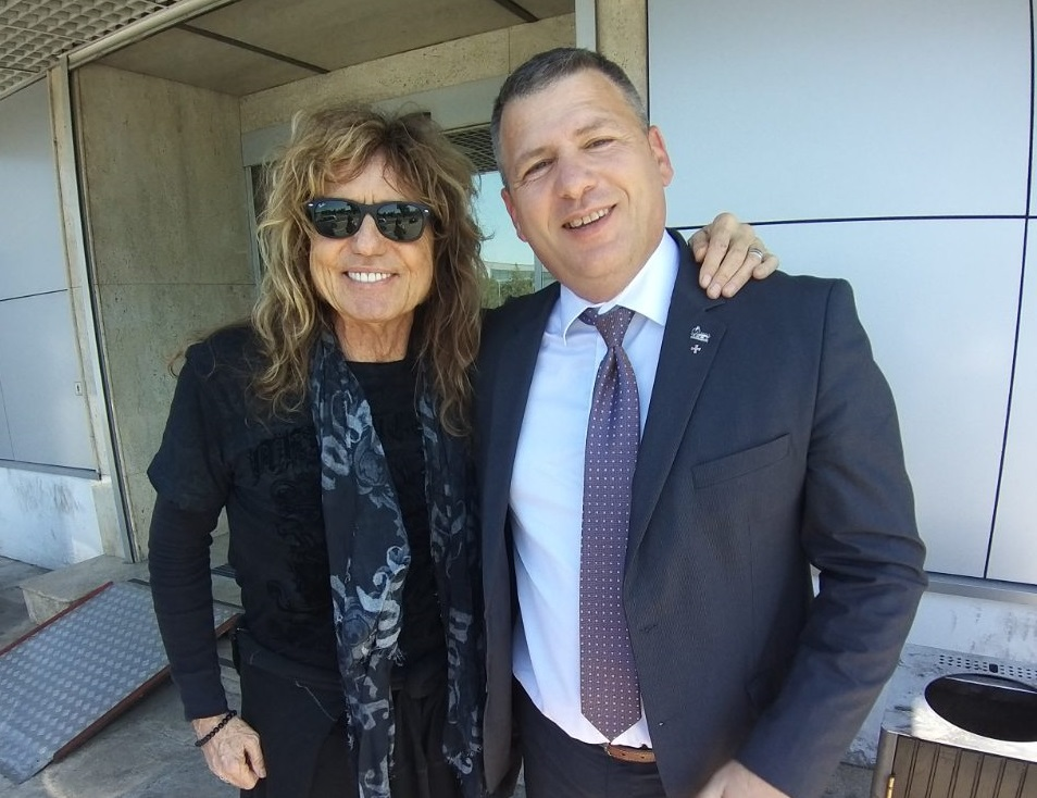 Executive car service Serbia and Whitesnake-David Coverdale